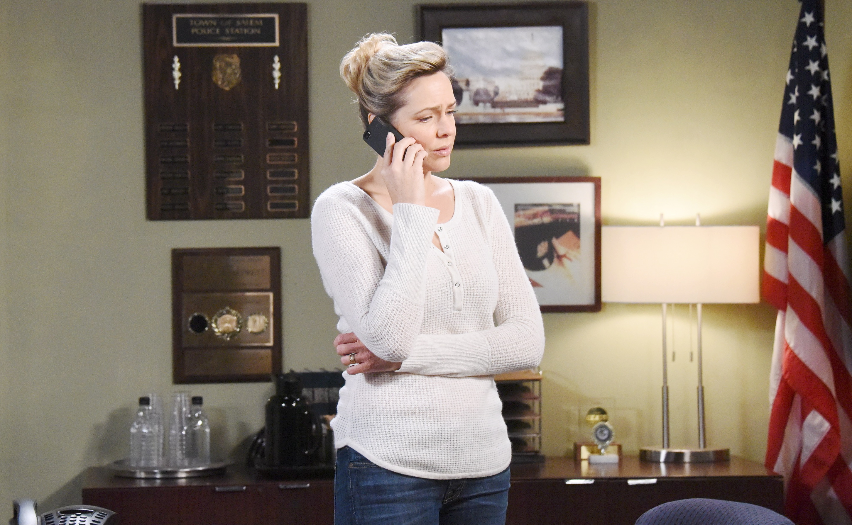 Nicole gets alarming news at her custody hearing for Holly on Days of Our Lives