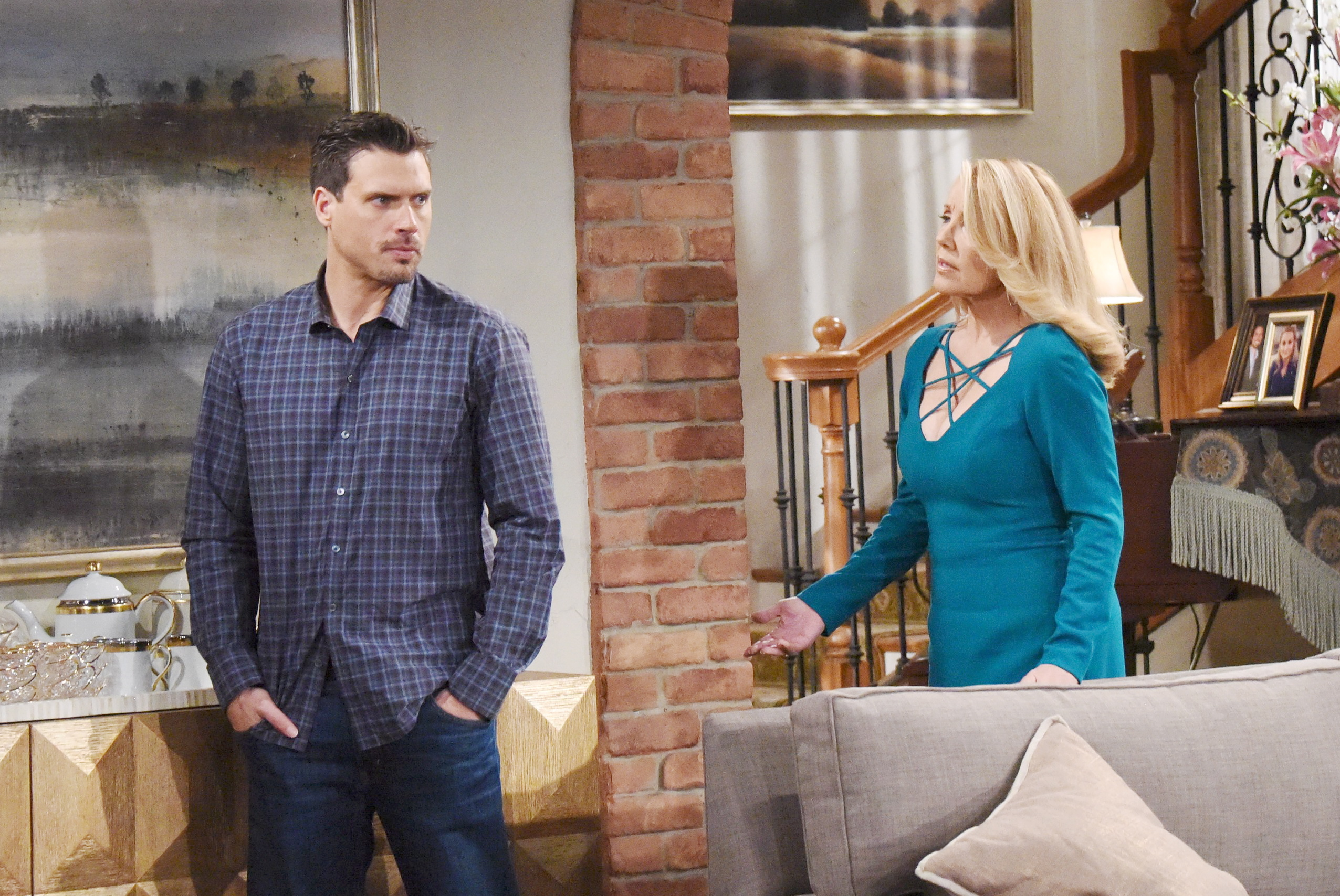 Nikki urges Victor to make amends with Nick. on The Young and the Restless