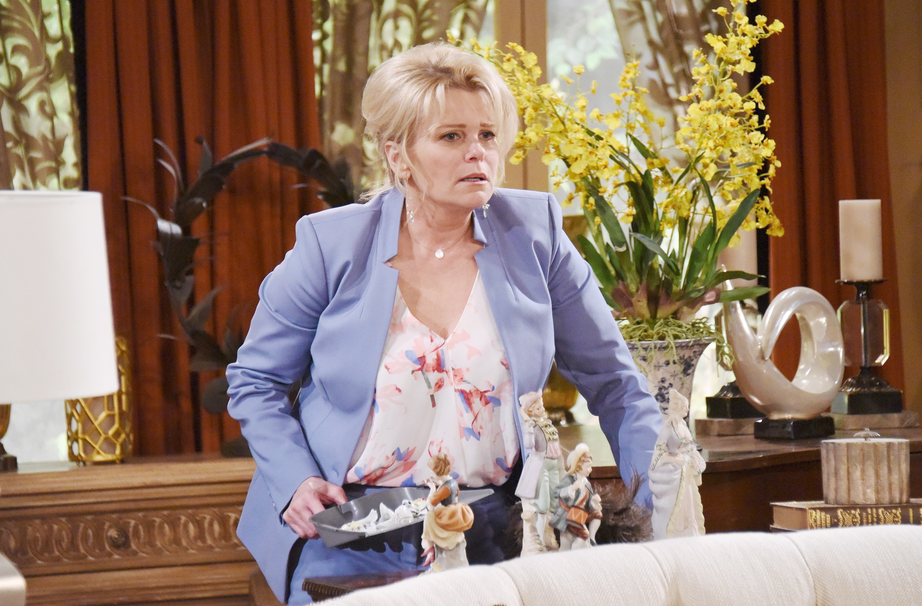 Days Of Our Lives Spoilers: Bonnie blackmails Victor.