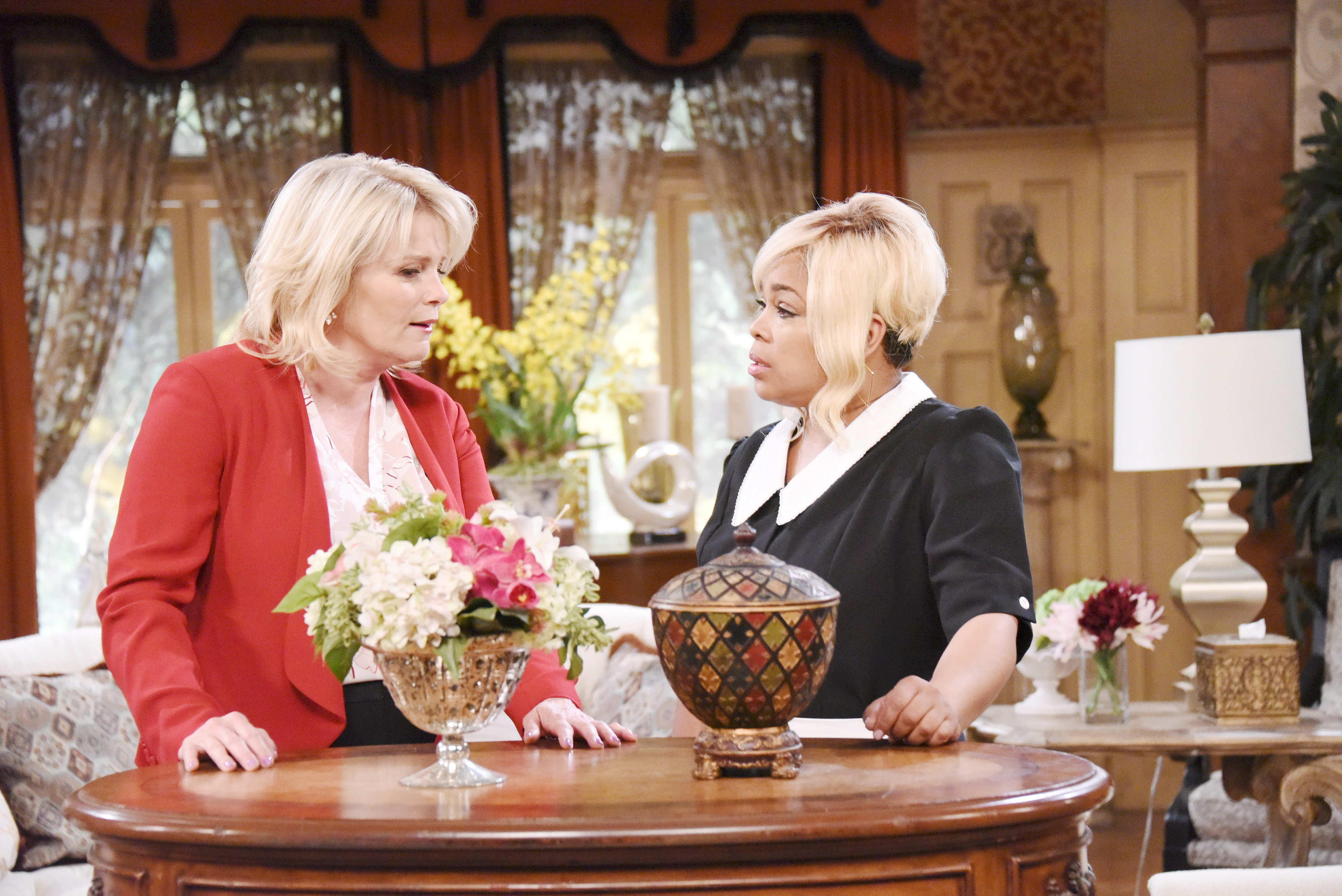 Days Of Our Lives Spoilers: •Bonnie and Sheila prepare to flee Salem.