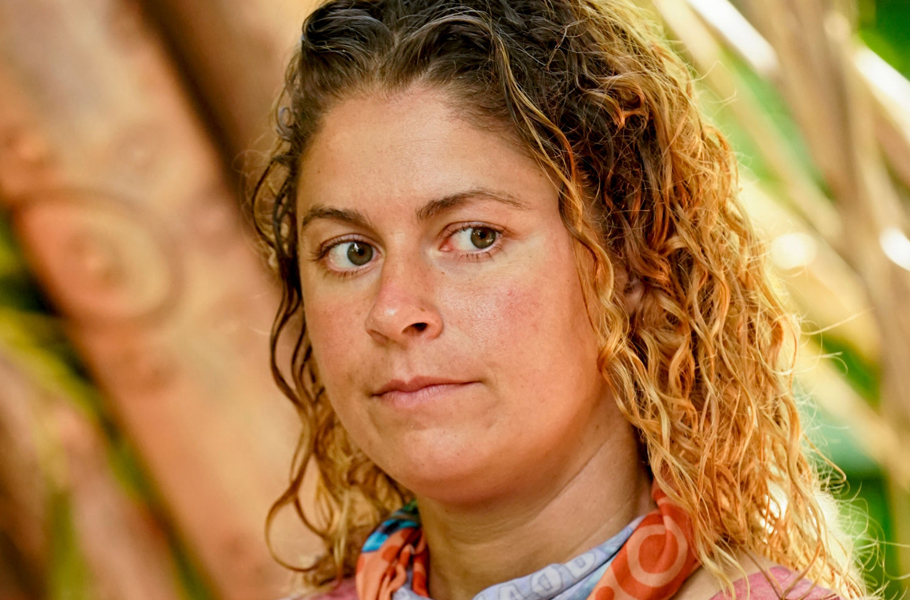 survivor-cast-elizabeth-beisel-season-39-island-of-the-idols