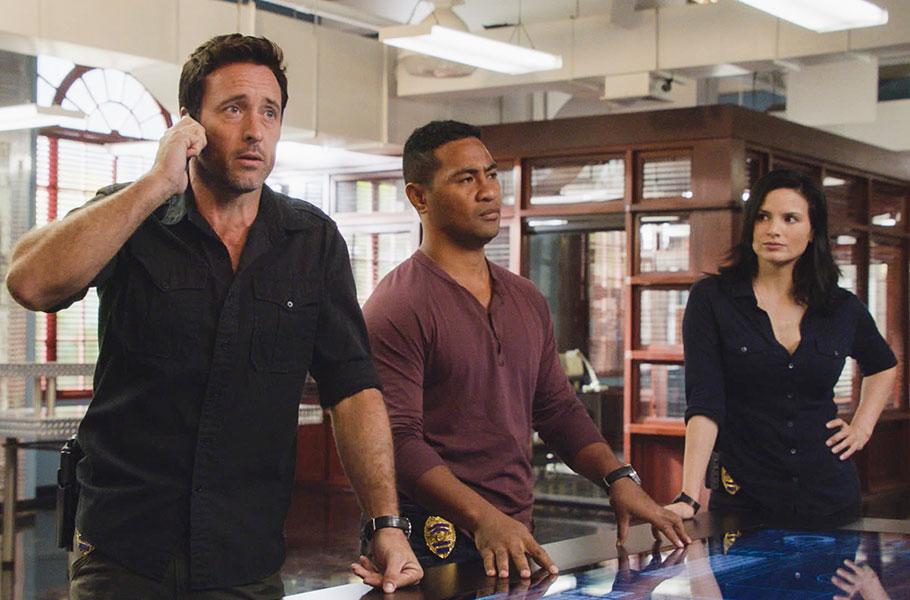 """Hawaii Five-0 - Season 10, episode 10: """"O 'Oe, A 'Owau, Nalo Ia Mea (You and Me, it is Hidden)"""""""